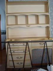 Girls Dresser/Desk and Hutch